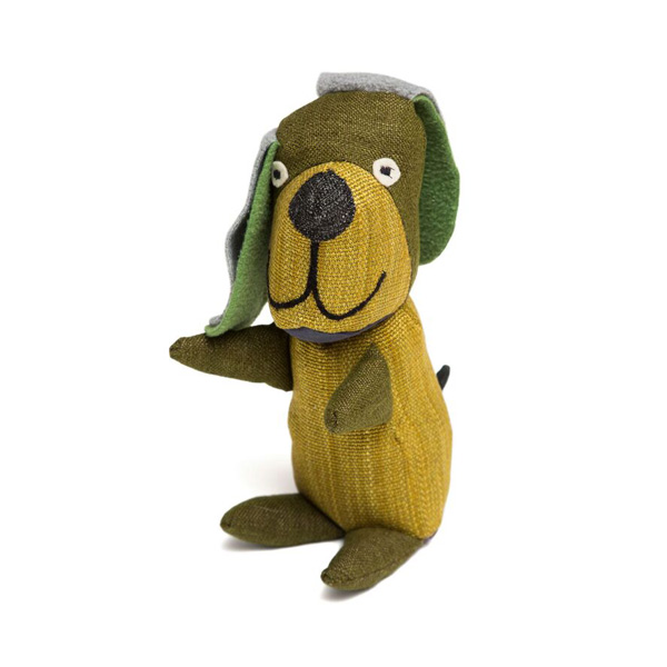 brinquedo reciclado de pano cao castanho