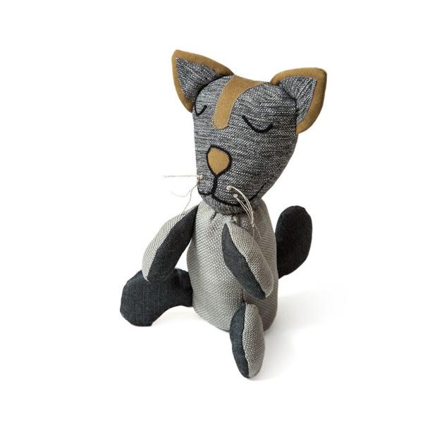 brinquedo reciclado de pano gato
